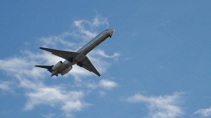 Quels sont les éventuels risques lorsque vous voyagez en avion ?